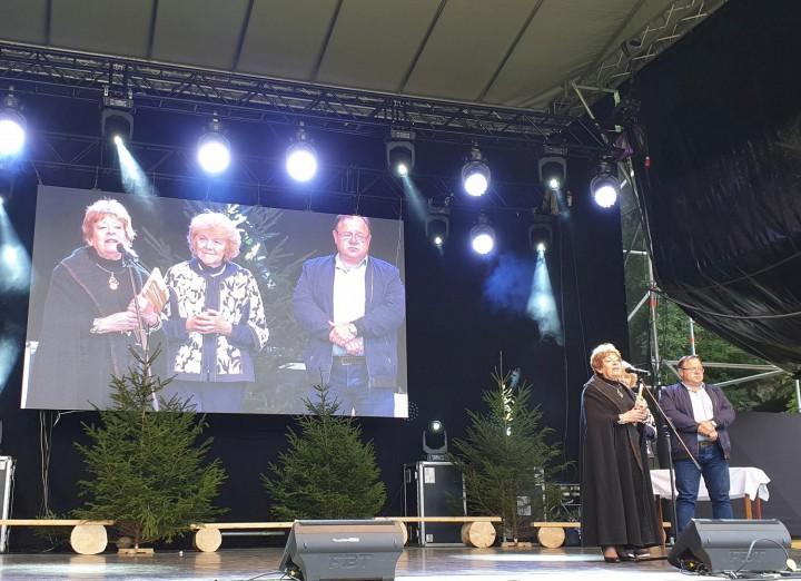 Iveta Zuskinová knihu verejnosti predstavila počas Dní mesta a 15. Hornoliptovského jarmoku.